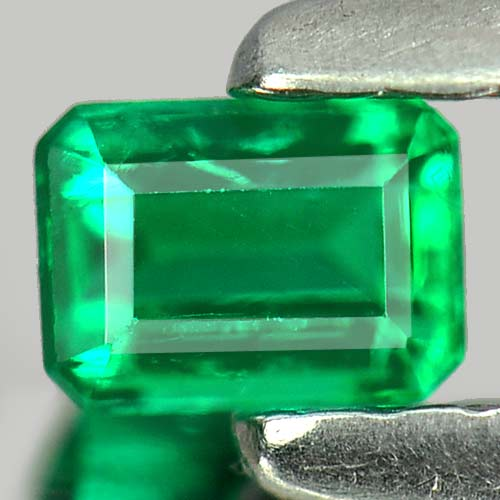 0.15 Ct. Charming Octagon Natural Gem Green Emerald Columbia