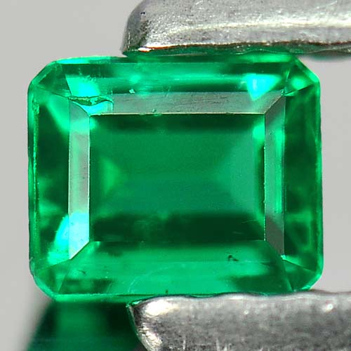 0.18 Ct. Octagon Natural Rich Green Emerald Columbia