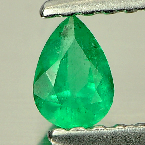 0.18 Ct. Natural Green Emerald Gem Pear Shape From Columbia