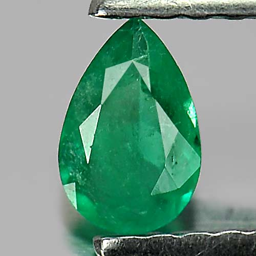 0.19 Ct. Pear Shape Natural Gemstone Green Emerald Unheated