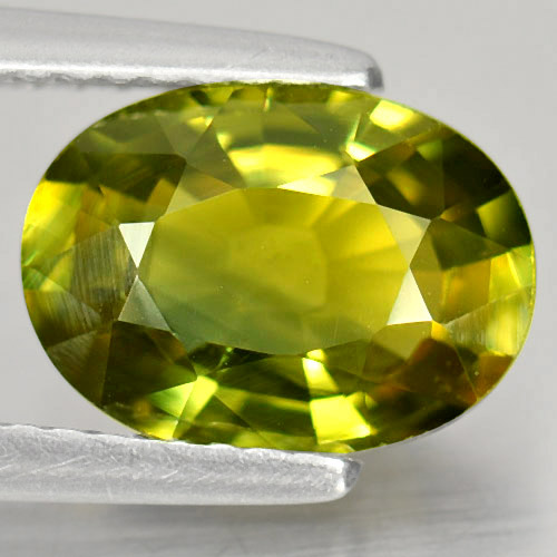 Attractive Gem 2.60 Ct. Oval Shape Natural Greenish Yellow Sapphire